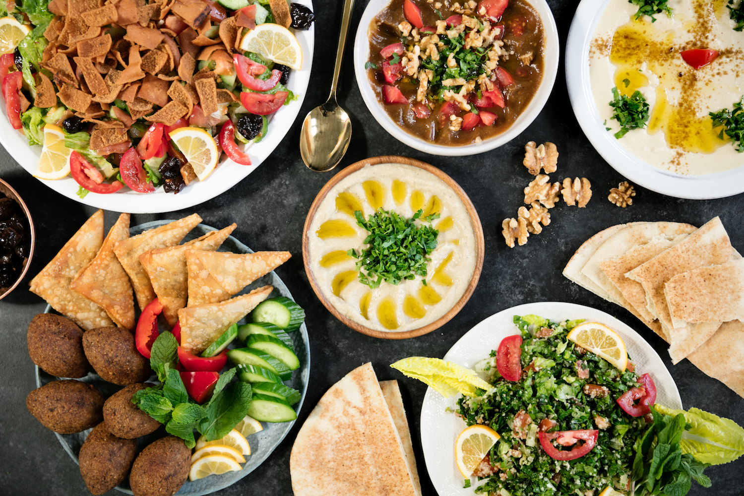 Warning! This article is about the delicious, delectable, mouthwatering, savory meals you could be eating right now, the Syrian dishes.