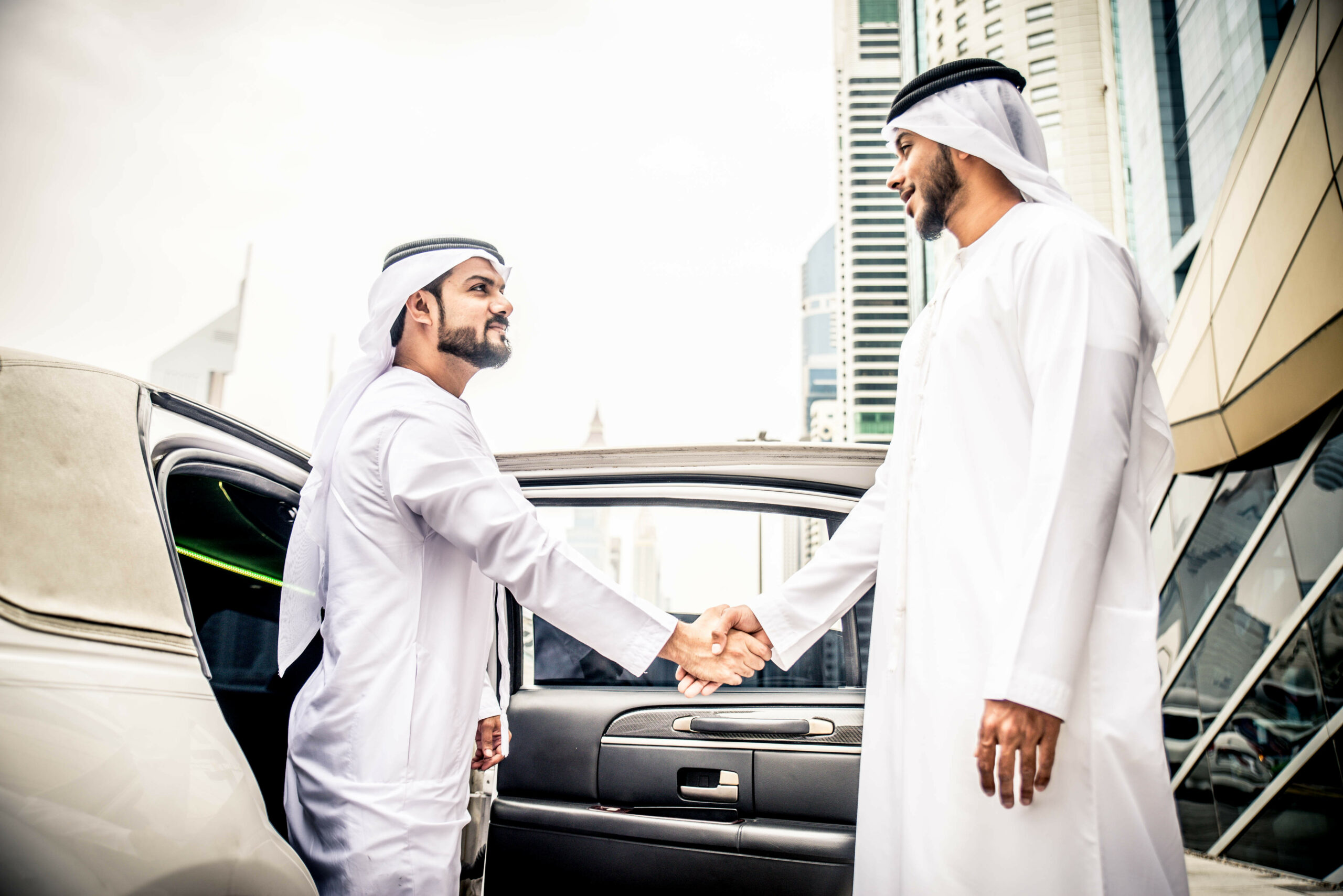 Arab culture has so many Arabic rules for body language and Arab etiquette. Want to know about UAE and their communication? Click here for more.